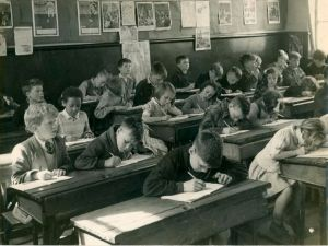 1950s-classroom-4