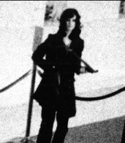 Patty Hearst holding a M1 carbne, semi-automatice military stlye rifle during 1974 Hibernia bank robbery by SLA